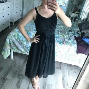 LOFT Dresses - Black pleated sundress